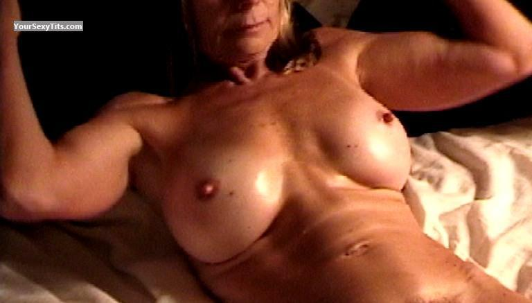 Tit Flash: Big Tits - VDM from United States